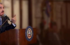 """""""Hoy, como Presidente, les convoco a trabajar juntos, todos y todas, sin exclusión alguna, de índole política, religiosa, étnica o social, para sentar las bases de un nuevo modelo de desarrollo que nos asegure que continuará creciendo la prosperidad, al mismo tiempo que se reducen las desigualdades, la pobreza, la exclusión social y mejora de la calidad de vida de toda la ciudadanía. Los invito a trabajar juntos para continuar lo que está bien, corregir lo que está mal, y sobre todo para atrevernos a hacer lo que nunca se ha hecho.""""  (Discurso de toma de posesión, 16 de agosto de 2012)"""